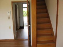 2Fへ階段