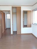 2F東側洋室・収納